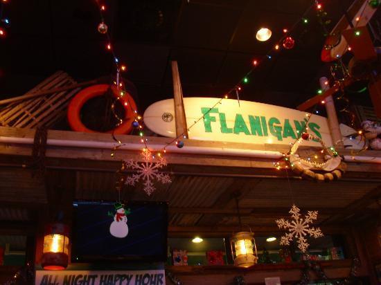 Flanigan's Seafood Bar and Grill: Salón comedor.