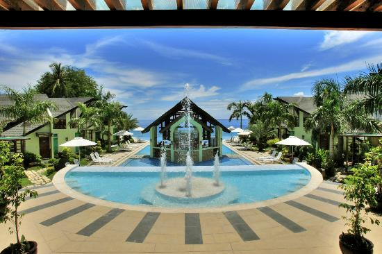 Acuatico Beach Resort & Hotel: View from Oceano Restaurant