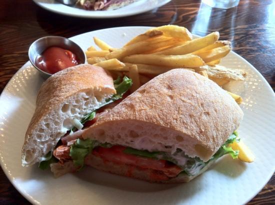 Bridge House Cafe: BC salmon sandwich