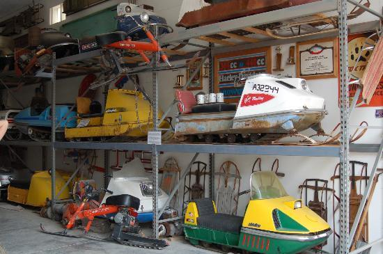 Miracle of America Museum (MoAM): Snowmobiles