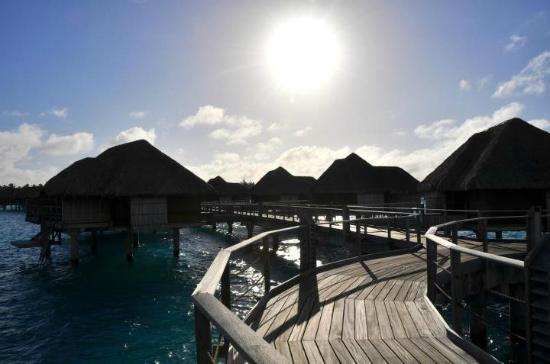 Four Seasons Resort Bora Bora: Morning sunshine