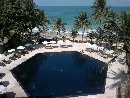 โรงแรมเดอะสุรินทร์ ภูเก็ต: Pool/Beach