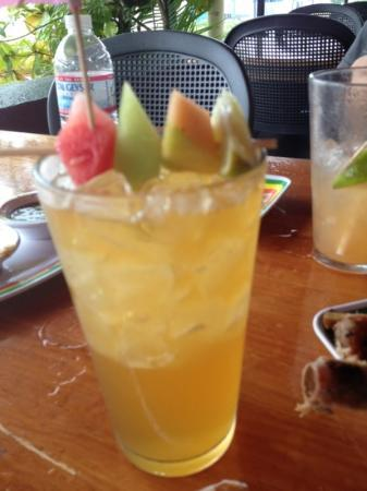 Jamaican Grill Chamorro Village : aunties ginger beer ( alcoholic)