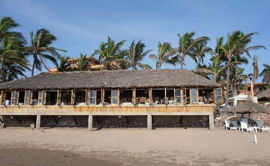 Cilantro's: Looking at restaurant from beach