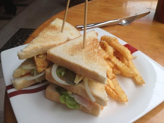 A's Famous Diner and Deli: club sandwich with fries