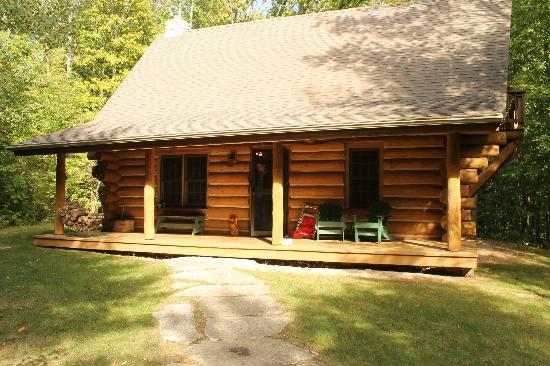 Door County Lighthouse Inn: The Pinecrest Cabin Rental