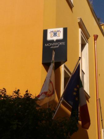 Monteforte Resort: L'insegna