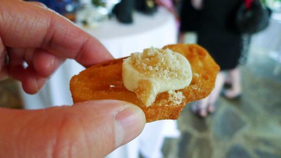 The Ashby Inn & Restaurant: Turnip hummus