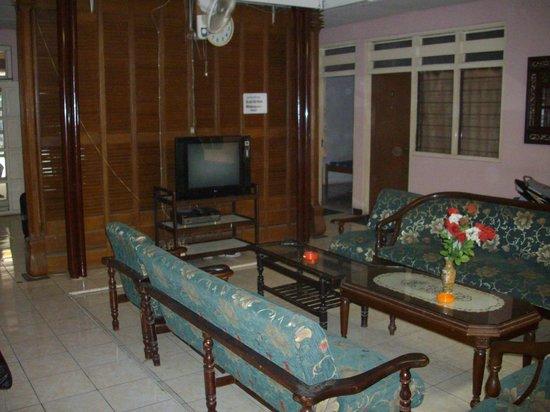 Rumah Nugraha: Lounge