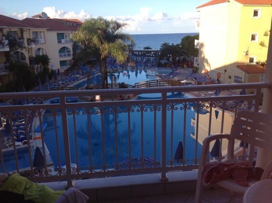 Tsilivi Beach Hotel: our view beautiful