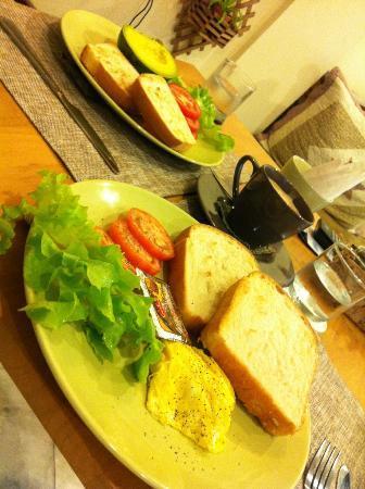 La Casa de Nimman : Breakfast made to order