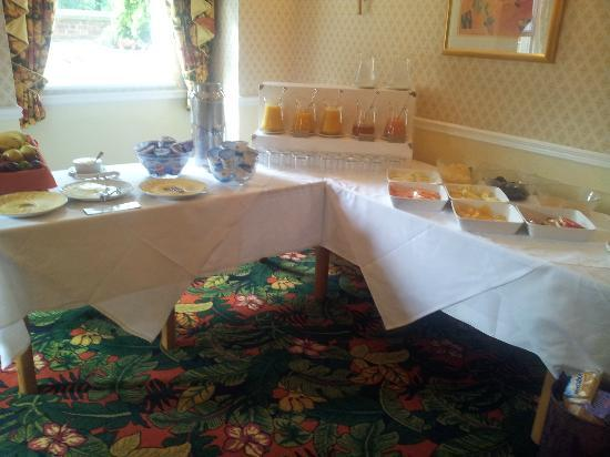 Arundel House Hotel: breakfast menu