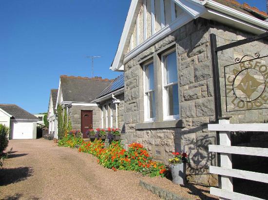 Vicarsford Lodge: House
