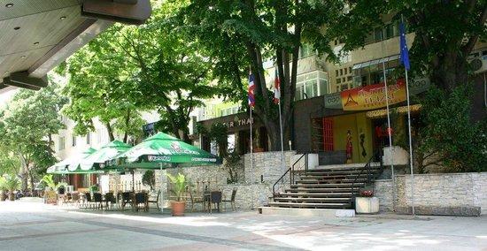 Inter Thai Restaurant : Exterior