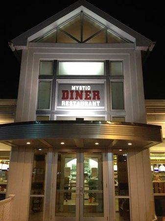 Mystic Diner and Restaurant: !