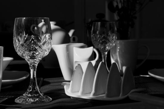Meadow Lodge B & B: Sample of tableware