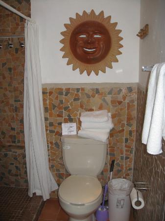 เนาติบีช คอนโด: Bathroom