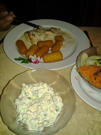 Hotel Kristal: DINNER