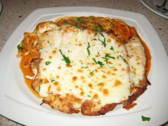 Veranda Restaurant and Cafe: chicken parm