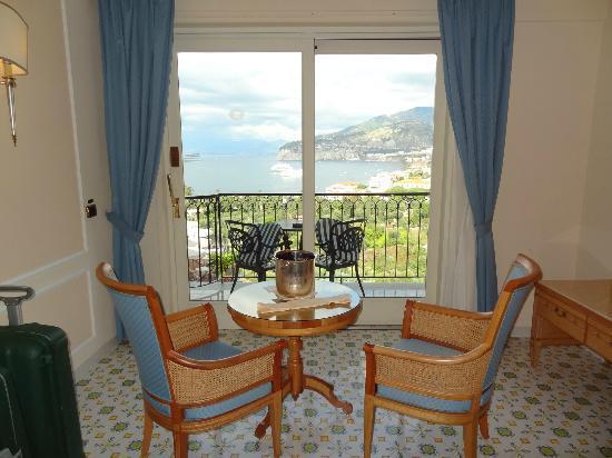 Grand Hotel Capodimonte: Bedroom 511