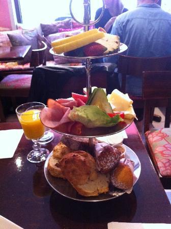 Ethel's: Breakfast is nicely presented