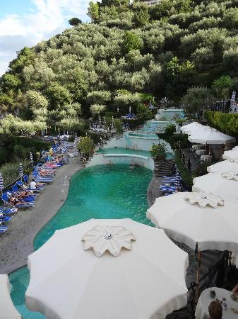 Grand Hotel Capodimonte: The Pools