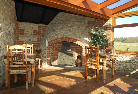 Brick Kilns: Conservatory where I had breakfast