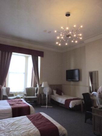 Hotel Prince Regent: Front facing room with lovel sea views of Weymouth bay