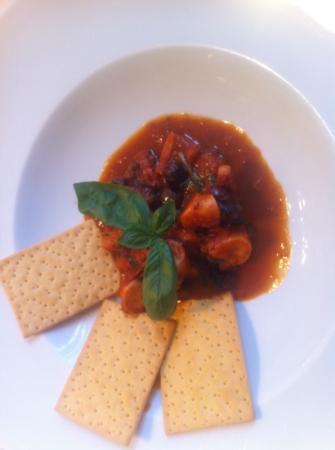 Laurin Restaurant: polpo in salsa pomodoro con olive taggiasche e basilico