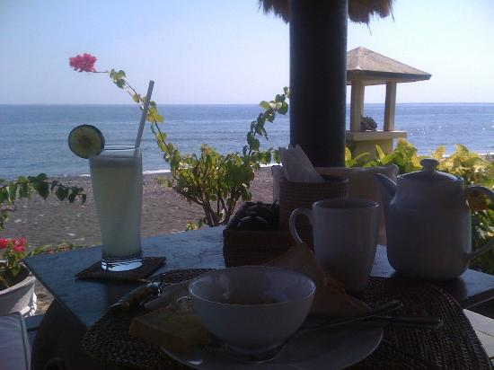 Kembali Beach Bungalows: Ontbijt