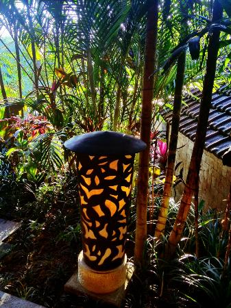 Bidadari Private Villas & Retreat - Ubud: lamp