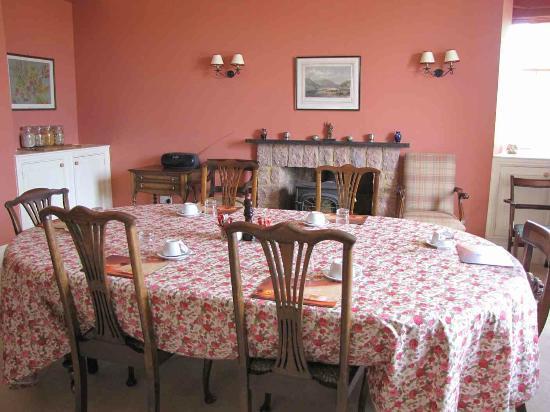 Overhailes Farm Bed & Breakfast: Dining