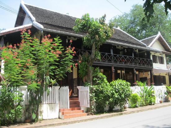 Villa Ban Lakkham: Front of Villa Baan Lakkham