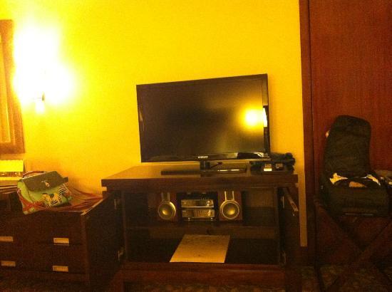 Edsa Shangri-La: TV