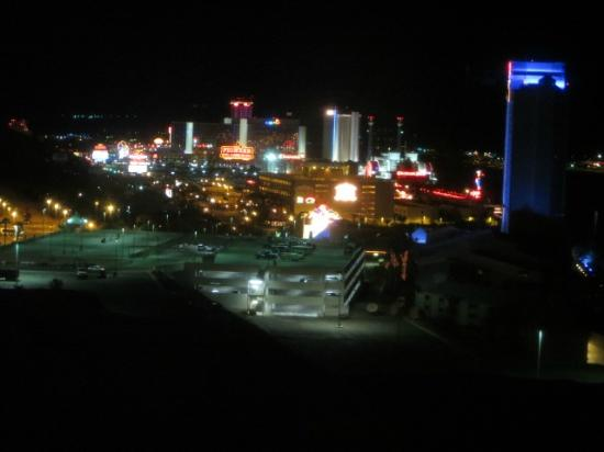 Harrah's Laughlin: night view