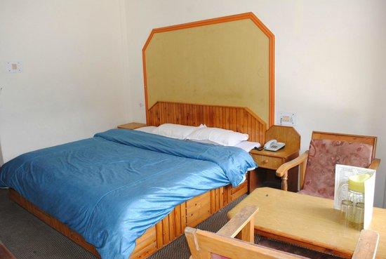 Hotel Hadimba Way: the room
