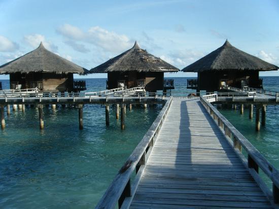Kuramathi Island Resort: Sea Bungalows