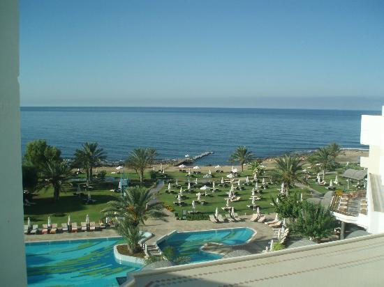 Constantinou Bros Athena Royal Beach Hotel: sea view from hotel