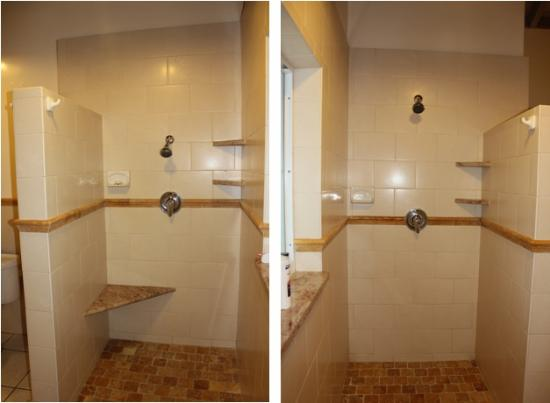 Galley Bay Resort: Showers in premium room, opposite each other with choice of shower for different heights
