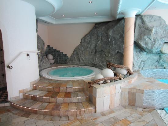 Alpenhotel Ischglerhof: Hotel spa