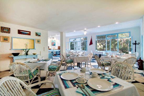 Hostal Paris: Breakfast Room