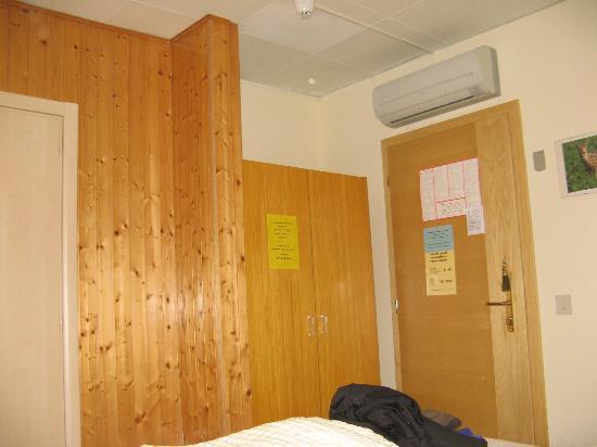 Hotel Micamada: Zimmerflair, am besten gleich Licht aus!