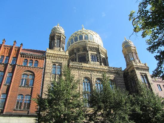 Brewer's Berlin Tours: New Synagogue