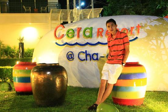 Cera Resort Chaam: ดึกๆ ก็สวย