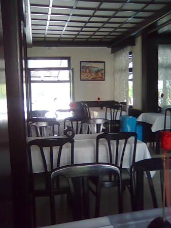 Hotel Oliva: закрытый зал ресторана отеля