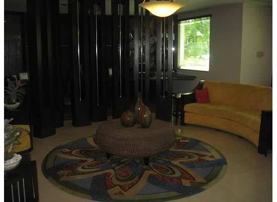 Hodelpa Garden Court: lobby area