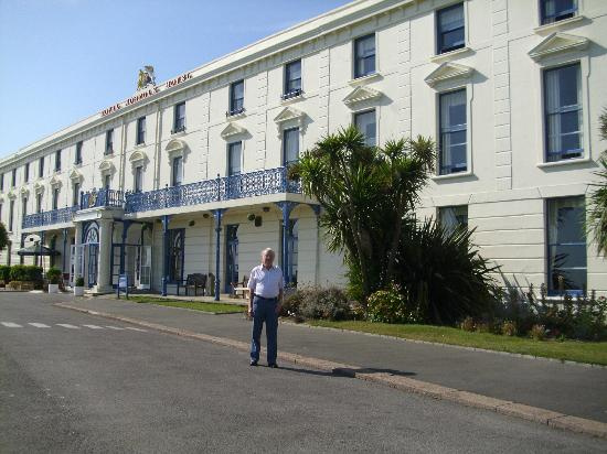The Royal Norfolk Hotel Outside Seafront Near