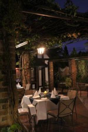 Cresta Churchill Hotel : Cresta Churchill dining
