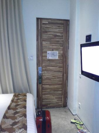 Jocs Boutique Hotel & Spa: standard room (tiny)