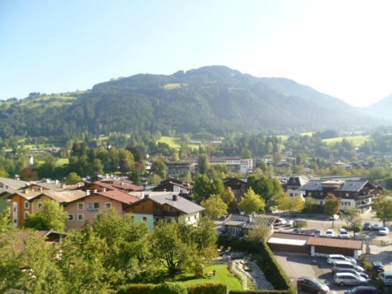 Tiefenbrunner Hotel: view towards Kitzbuhelerhorn